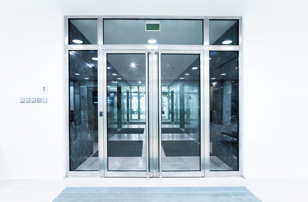 Дверь стеклянная ВИТРА